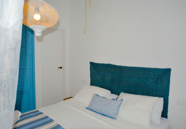 Casa en Sitges - CASA AZUL stunning house, large roof terrace and just steps from the beach
