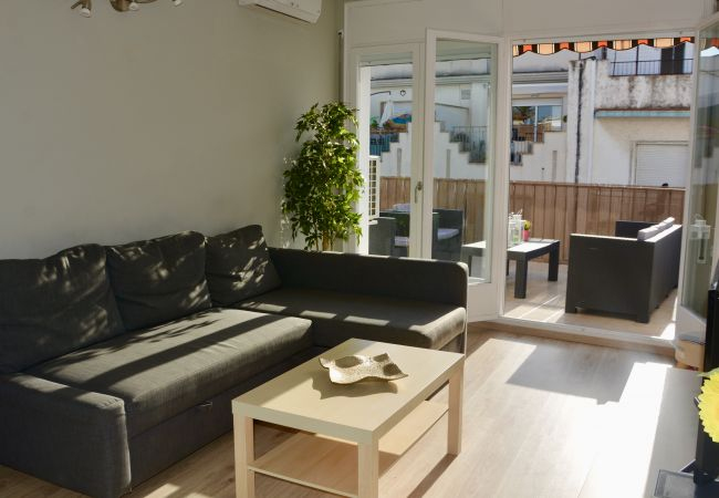 Apartamento en Sitges - CENTRAL apartment in Sitges with large sunny terrace