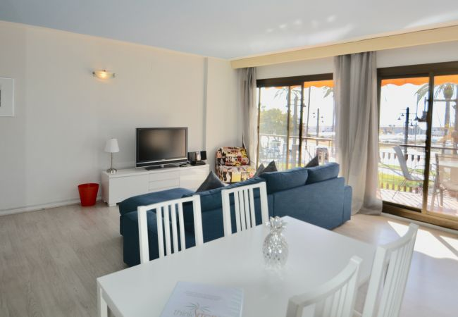 Apartment in Sitges - SOLEIL fantastic beach front apartment