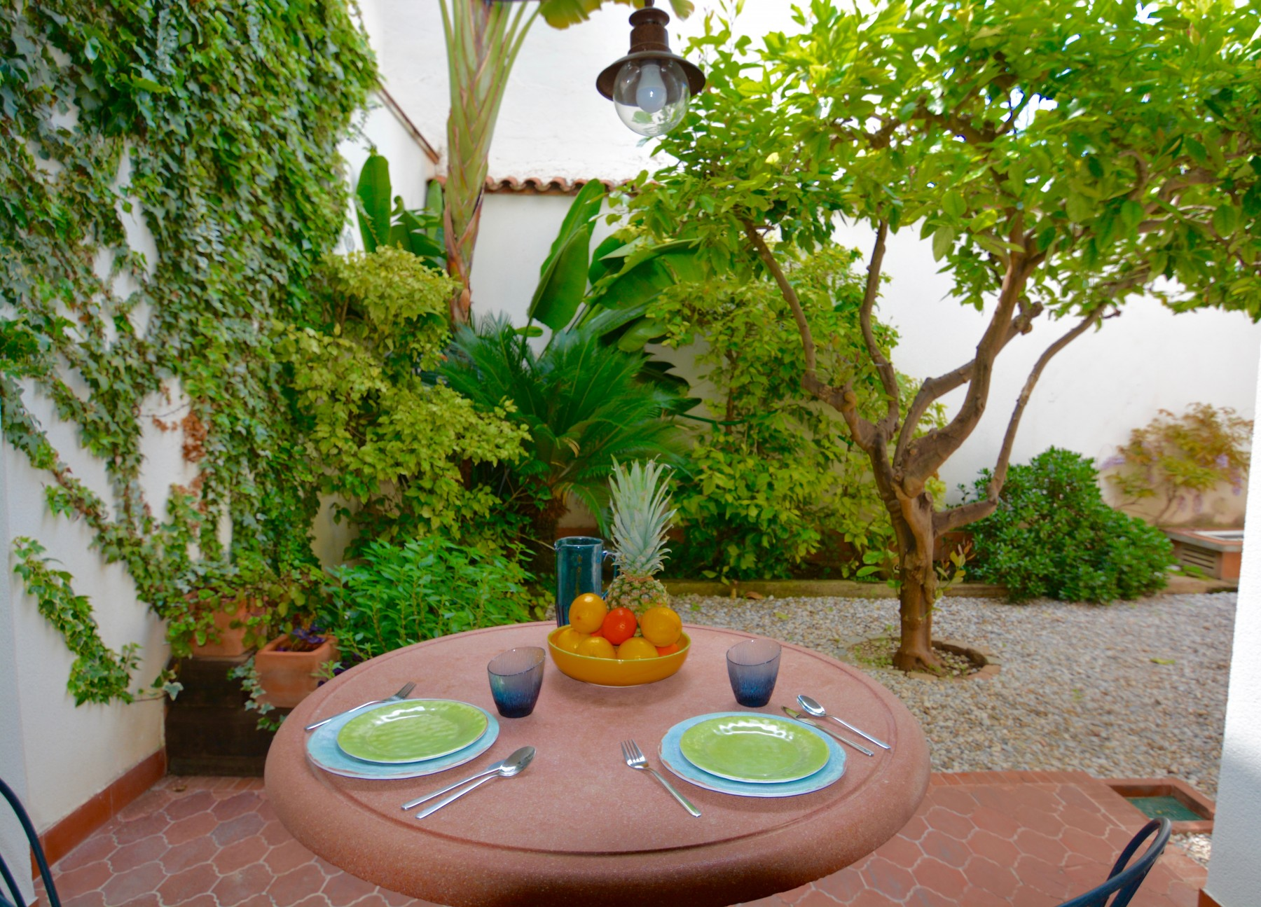 apartments in sitges lemon tree
