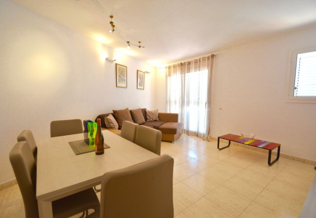 Apartment in Sitges - SUNLIGHT - spacious 3 bedroom family apartment