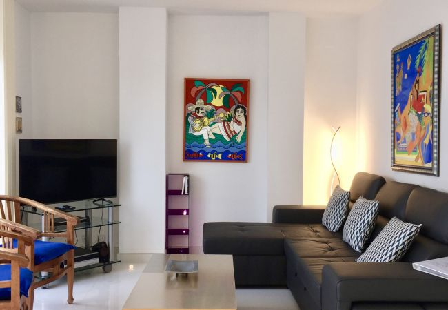 Apartment in Sitges - Marina - stunning duplex apartment with incredible views over the beach