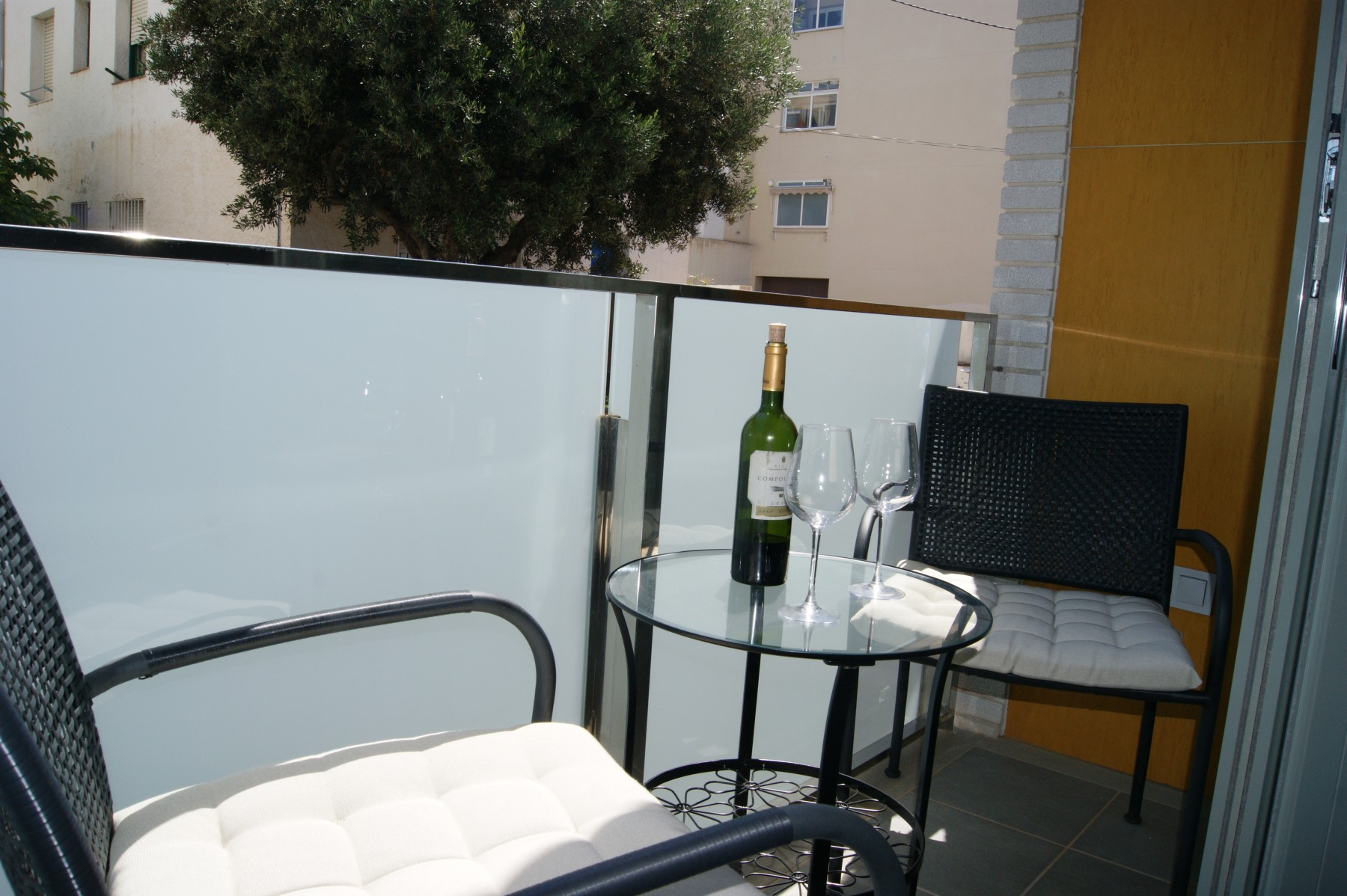 Garraf Stylish Modern Apartment Just Steps From The Beach