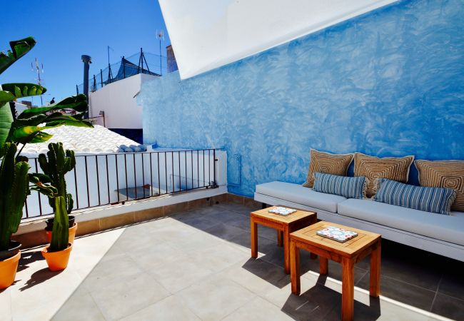 in Sitges - CASA AZUL stunning house, roof terrace, steps from the beach