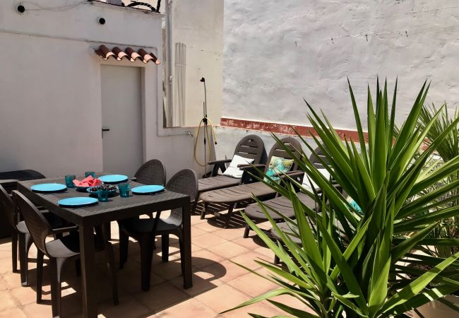 Apartment in Sitges - Sunny - 2 terraces in centre of Sitges